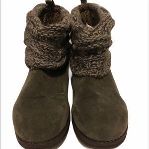 Muk Luks boots ankle